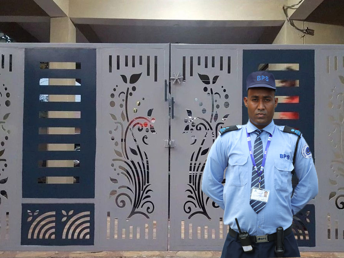 Residential Security Guard at door